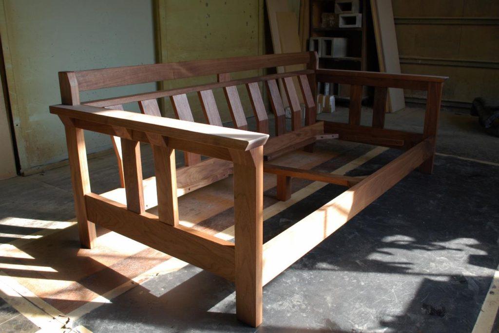 木枠ソファ、無垢ソファ、ウォールナット